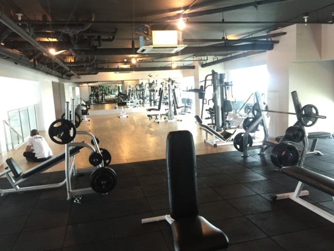 fitness-room-the-beacon-roces-tower-manila